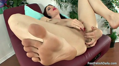Foot fetish, Feet solo