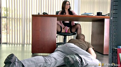Kendra lust, Tongue