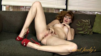 Milf hd, Solo in heels