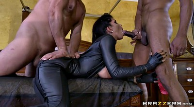 Romi rain, Three, Glove, Boot, Assault