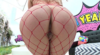 Fishnets big ass, Kylie page