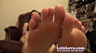 Smell, Leather boots, Feet up, Feet heels