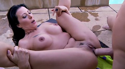 Zoey, Zoey holloway, Mature young