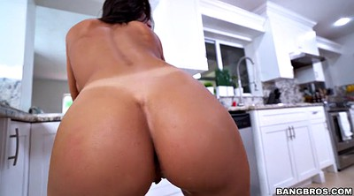 Shake, August ames, Buttocks