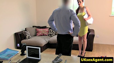 Office anal, Anal finger