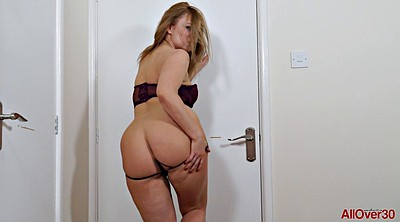 Solo ass, Solo shaved fingering