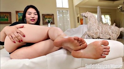 Asian feet, Asian foot, Park