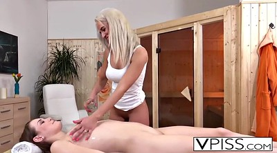 Blond, Lesbian pissing, Pissed