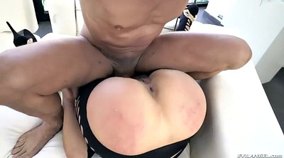 Julia, Riding orgasm