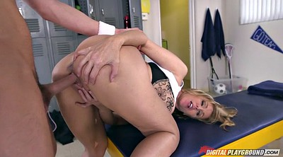 Julia ann, Locker room
