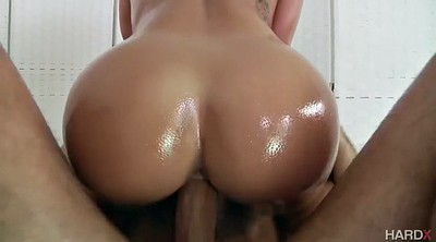 Cali carter, Oiled
