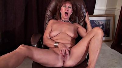 Mom masturbating, Mature mom