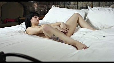 Maiden, Gaping pussy, Show pussy, Pussy show