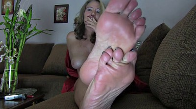 Mature feet, Mom foot