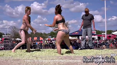 Wrestling, Public flashing, Public flash, Girl fight
