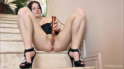 Amateur, Stairs