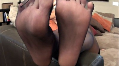 Nylons, Nylon feet