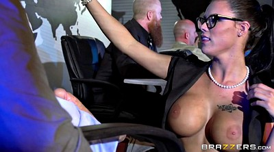 Peta jensen, Under table, Secretary