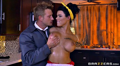 Maid, The maid, Peta jensen, Bored