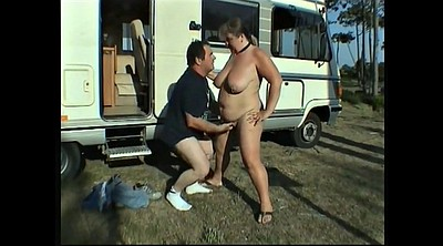 Mature public, Outdoor mature