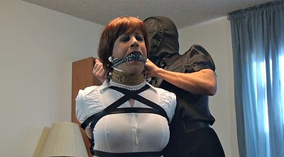 Crossdresser, Bound