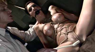 Tie up, Tied tit, Train