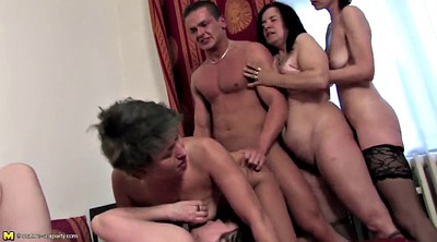 Young boy, Mom gangbang, Mom boy, Moms with boys, Mom n boy, Mom group