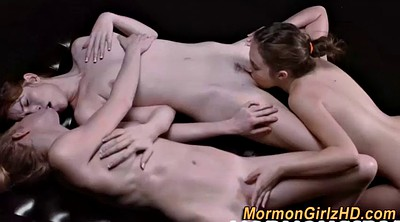 Oil, Eating pussy, Teen threesome