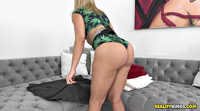 Anikka albrite, Shaking, Juicy, All, Lesbian ass