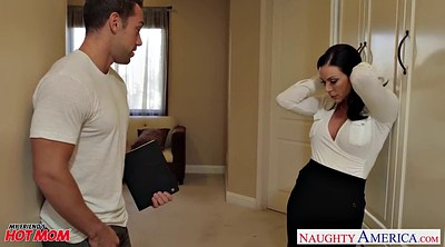 Kendra lust, Mom blowjob