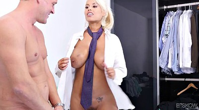 Bridgette, Estate agent