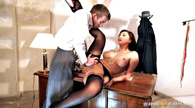 Anna polina, Office anal