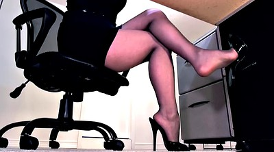 High heels, Pantyhose footjob