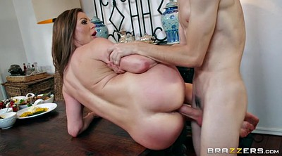 Kendra lust, Table, Boxing