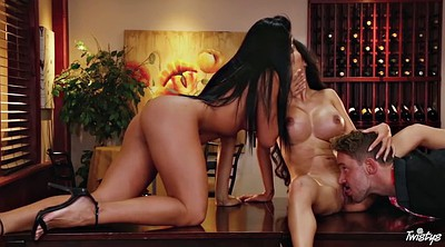Threesome kissing, Kissing threesome, Big ass latina, Asian kissing