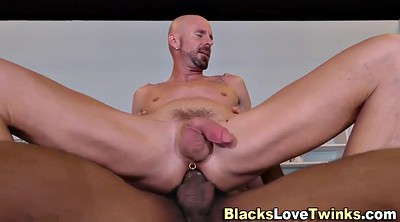 Amateur interracial, Doctor fingers