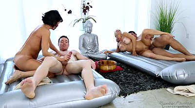 Veronica avluv, Massage sex, Avluv