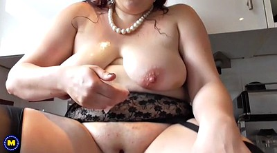 Saggy, Bbw mom, Amateur mature