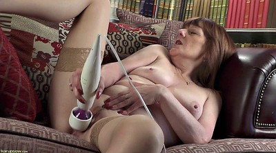 Fingering, Ugly, Granny solo, Alone, Mature chubby, Fingers solo hd