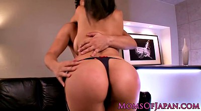 Japanese mom, Asian mom, Peeing, Mom japanese, Japanese,mom, Japanese moms