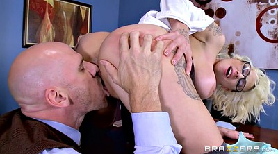 Licking pussy, Harlow harrison, Dean