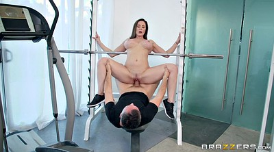 Kendra lust, Gym