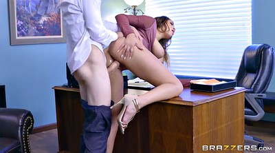 Desperate, Cassidy banks