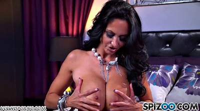 Ava addams, Maturation