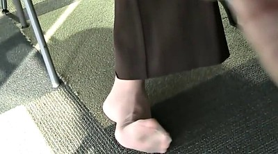 Nylon feet, Candid foot, Candid feet