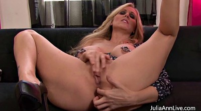 Julia ann, Play