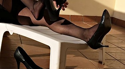Nylon, Nylon foot, Black foot