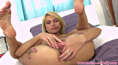 Babes, Pierced pussy