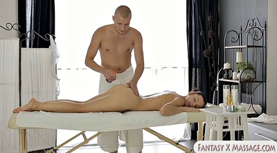 Massage table, Masseuse
