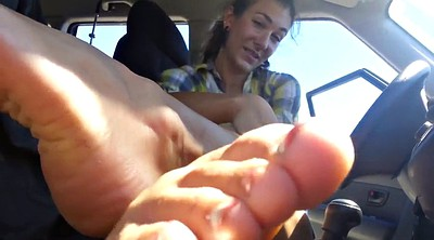 Sole, Sweaty, In car